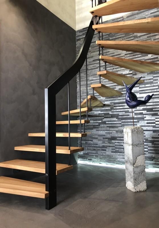 ascenso créateur d'escaliers suspendus bois métal