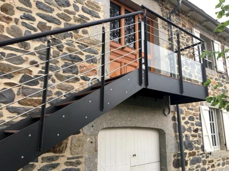 escalier extérieur design sur mesure limons composite garde-corps acier