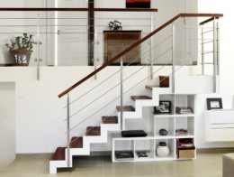 escalier sur mesure limon crémaillère métal blanc