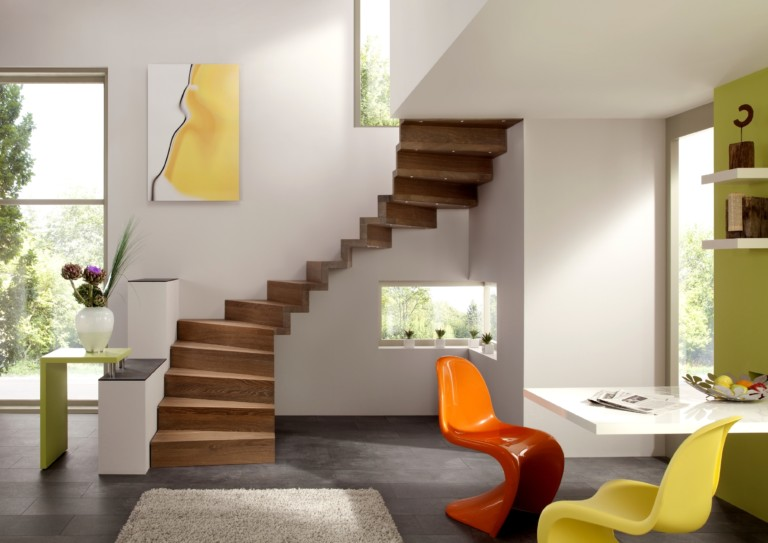escalier sans limon avec marche et contremarche en bois sur-mesure