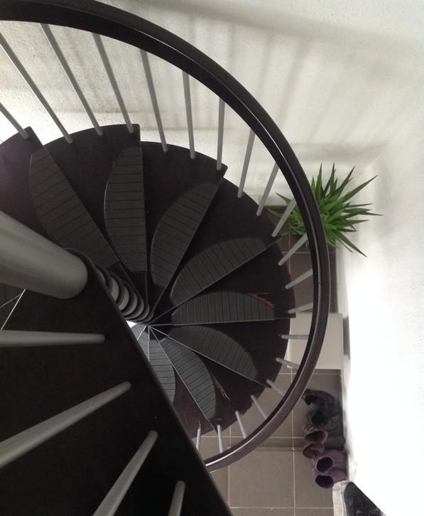 escalier colimacon etroit