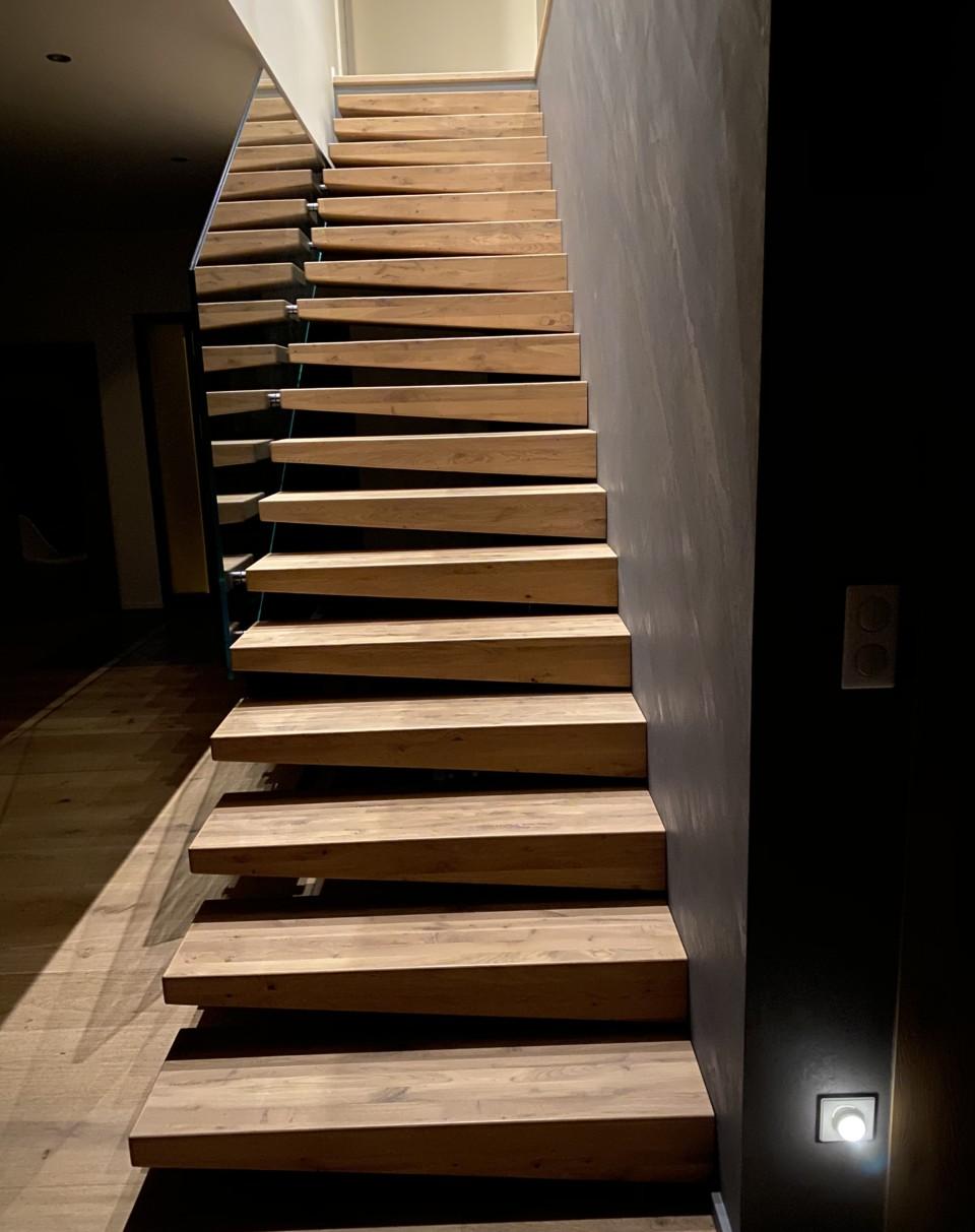 ascenso artisan fabricant poseur d'escalier et garde-corps sur mesure