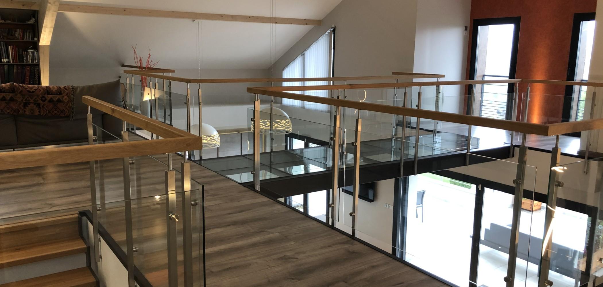 garde-corps intérieur pour mezzanine bois et verre